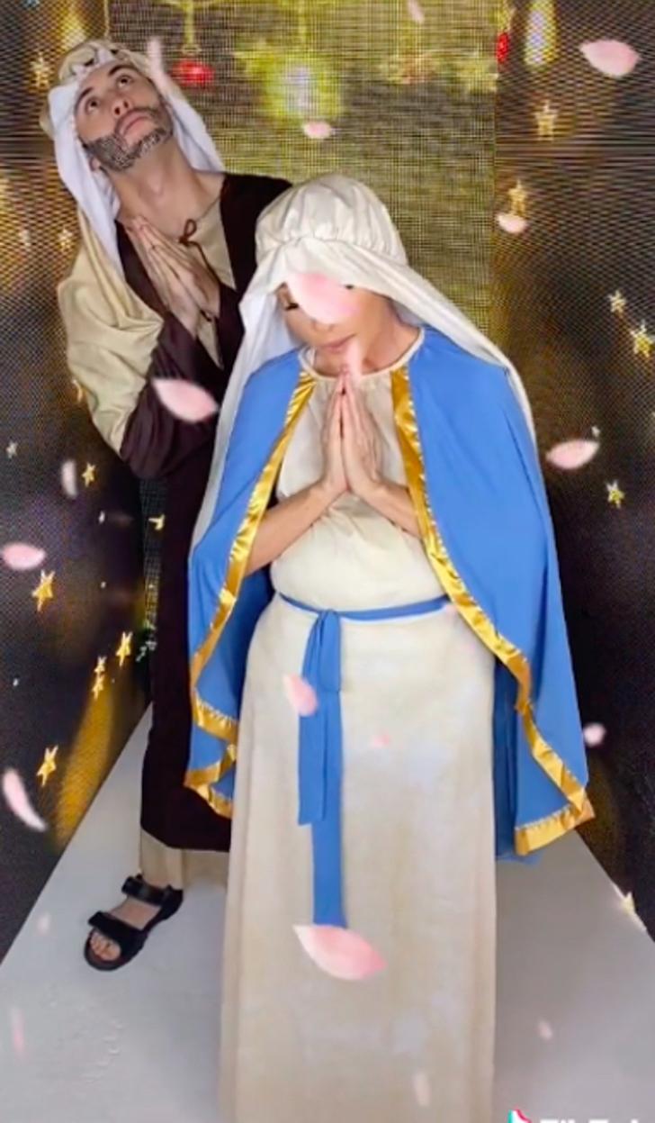 yuri baila virgen 0002 - Critican a Yuri por disfrazarse y bailar como la Virgen María. Lo consideraron una burla ofensiva