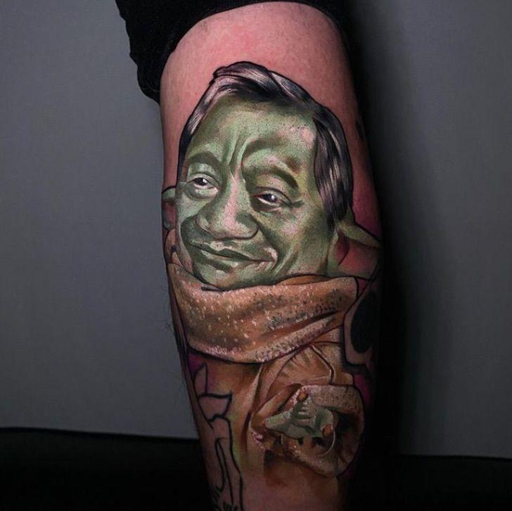 Captura de Pantalla 2021 01 06 a las 12.57.59 - Cliente pidió a un tatuador un diseño que una a Baby Yoda con Armando Manzanero. Dos pasiones juntas