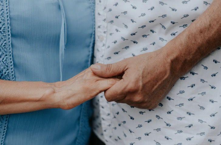Captura de Pantalla 2021 01 08 a las 15.17.49 - Médico y su esposa fallecieron con tres días de diferencia por COVID-19. Pasaron 50 años juntos