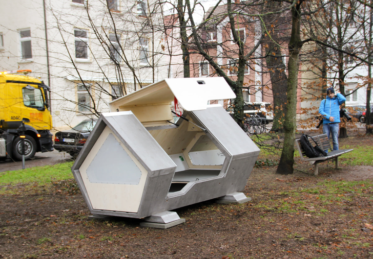 Captura de Pantalla 2021 01 22 a las 11.45.31 - German city installs heated sleeping pods for people living on the street, They'll no longer suffer the cold.