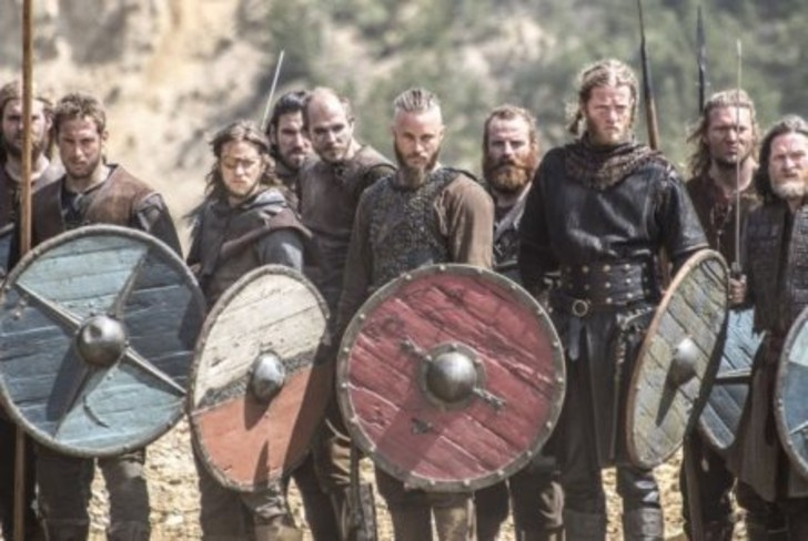 """vikings 1 - """"Vikings: Valhalla"""" es un hecho y presenta su elenco oficial. La secuela más esperada llega en 2021"""