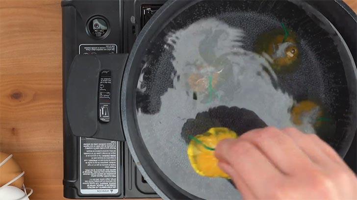 cinco recetas huevo009 - 5 recetas con trucos para lucirse cocinando huevos de forma entretenida y original