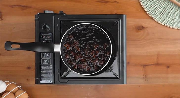 cinco recetas huevo028 - 5 recetas con trucos para lucirse cocinando huevos de forma entretenida y original