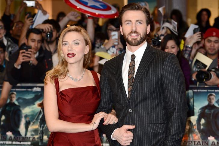 scarlett chris evans amigos0004 - Scarlett Johansson y Chris Evans son mejores amigos en la vida real. Se conocieron antes de la fama