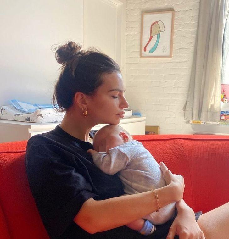 famosos nuevo hijo12 - 17 fotos de famosos luciendo completamente felices después de recibir a su primer bebé