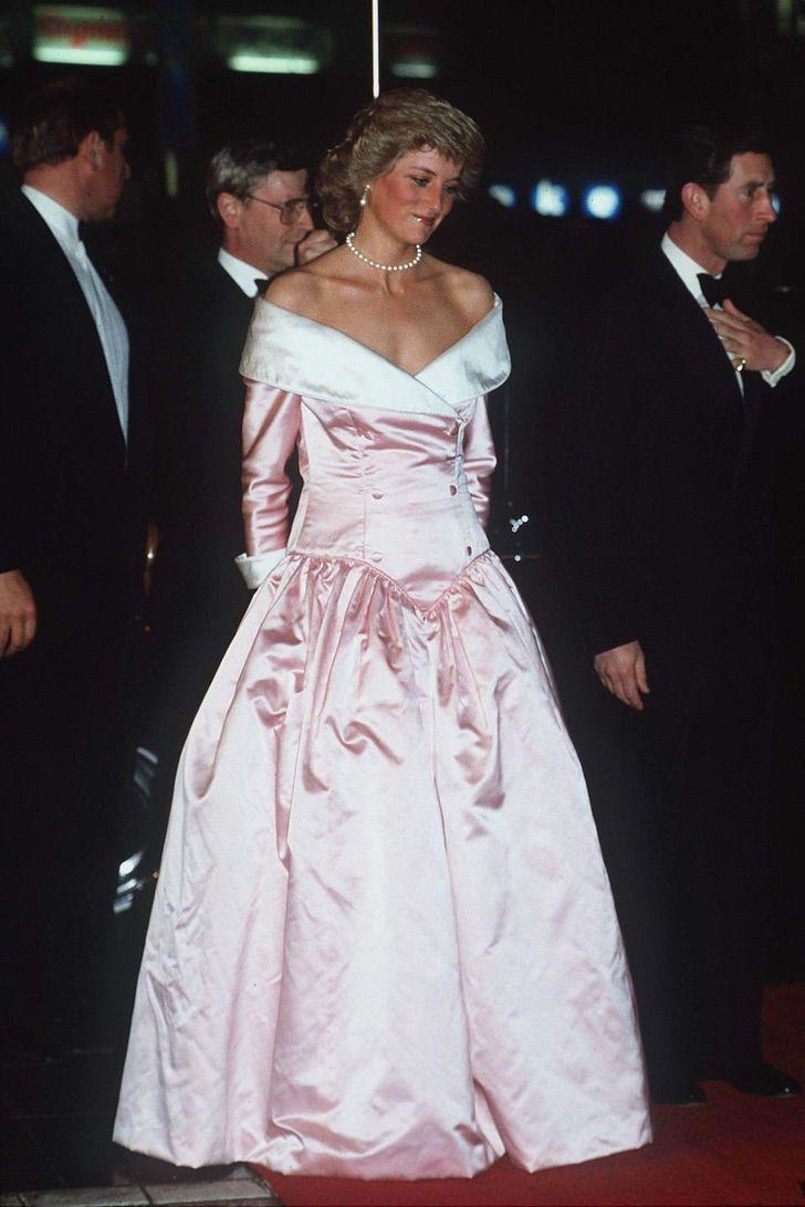 lady di princesa 13 - 20 elegantes atuendos con los que la princesa Diana se vio como una auténtica princesa