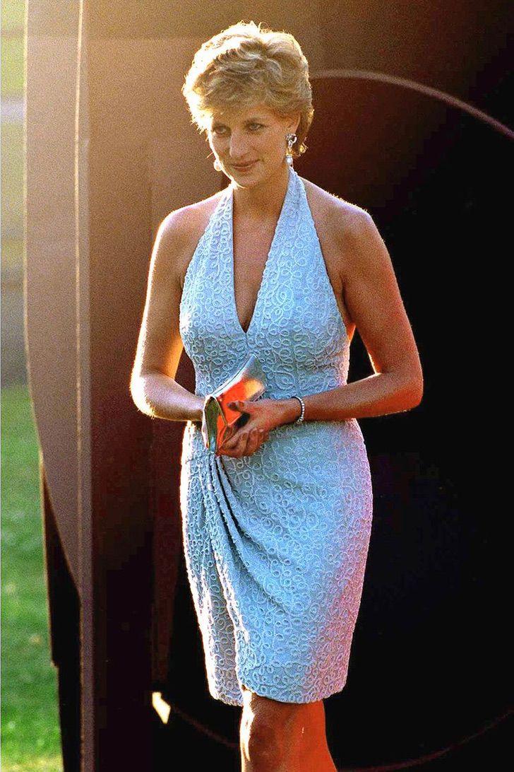 lady di princesa 20 - 20 elegantes atuendos con los que la princesa Diana se vio como una auténtica princesa
