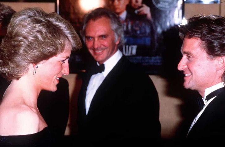 princesa diana famosos9 - 19 fotos de famosos que tuvieron la oportunidad de conocer a la princesa Diana de Gales