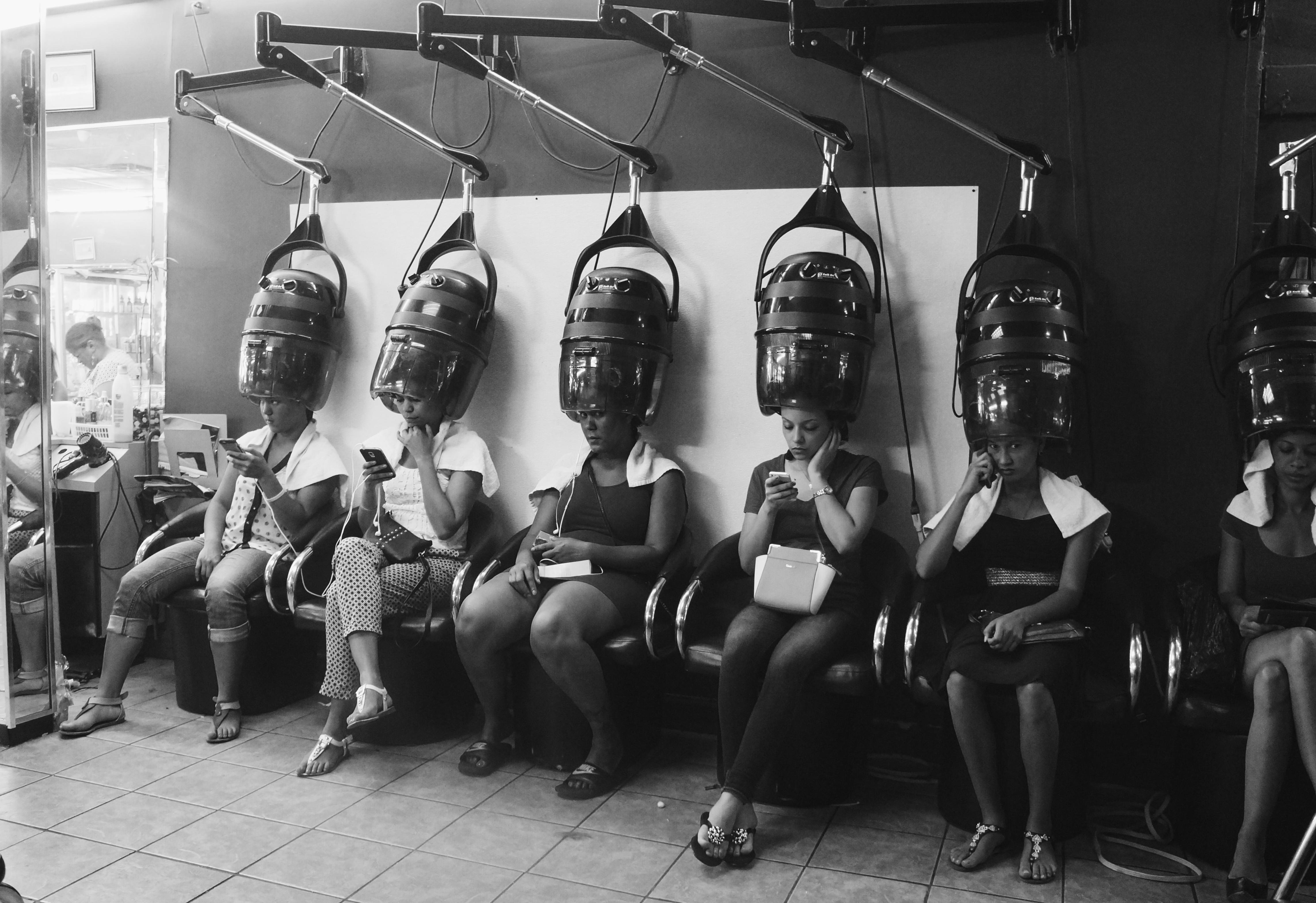 Los salones dominicanos son sinónimo de cabello liso en Estados Unidos....