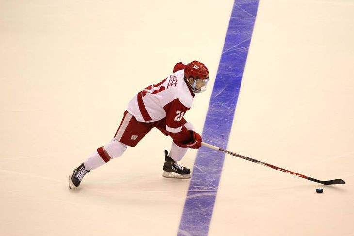 Wisconsin Mens Hockey Diving Into Possession Numbers Buckys 5th