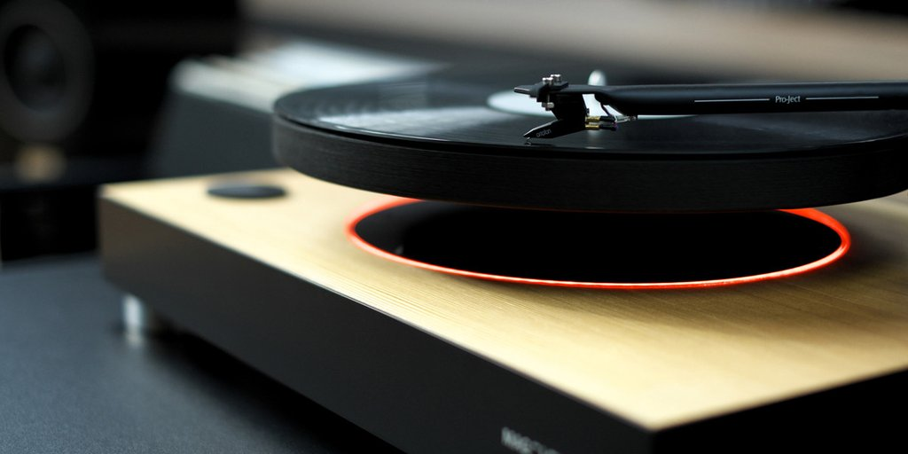 Playing In The Fall Wallpaper This Turntable Makes Your Records Float With Magnets The