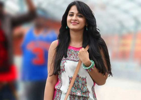 Anushka Shetty Cute Wallpapers Top 15 Most Beautiful South Indian Film Actresses