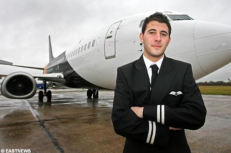 Ser Piloto de Avion una profesion que tomo Luis Guillermo Angel Restrepo