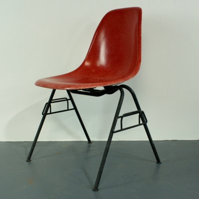 herman miller stacking chairs womb chair replica vintage red dss by charles eames for 1
