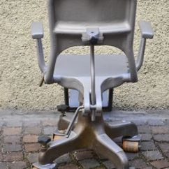 Chair On Wheels 50s Table And Chairs Dentist S In Cast Aluminum 1900s For Sale At Pamono