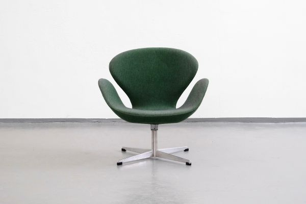 arne jacobsen swan chair back jack by for fritz hanse 1960s sale at pamono 2