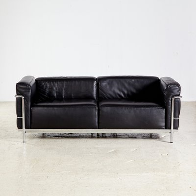 lc3 sofa fabric sofas with patterns by le corbusier pierre jeanneret charlotte perriand for cassina