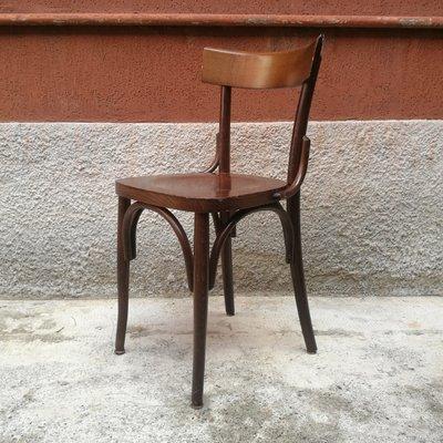 La spedia è in buone condizioni ma può mostrare lievi tracce di usura come graffi o ammaccature, la fodera è un. Italian Wooden Tavern Chair 1960s For Sale At Pamono