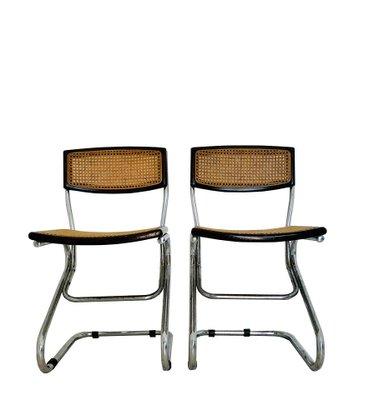 Le sedie sono in buono stato su una ha un po ceduto la seduta ma nessuna rottura. Sedie Da Pranzo Vintage In Legno E Paglia Anni 70 Set Di 2 In Vendita Su Pamono