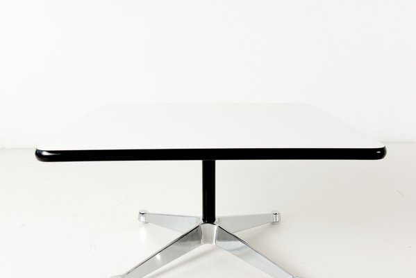 table basse vintage par charles ray eames pour vitra allemagne 1970s
