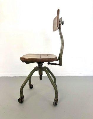 industrieller vintage burostuhl aus eisen holz von trau torino 1950er
