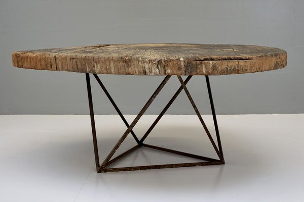 https www pamono eu tree trunk coffee table with geometric base 1930s