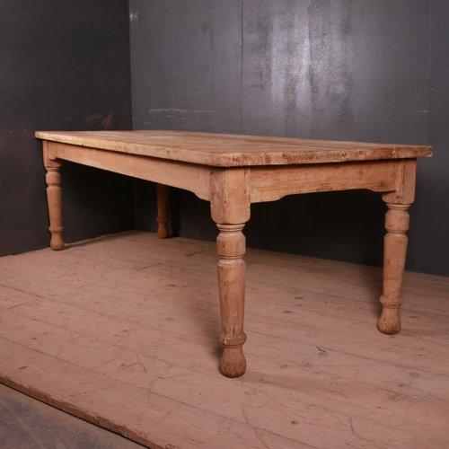 table de cuisine maison de campagne du 19eme siecle