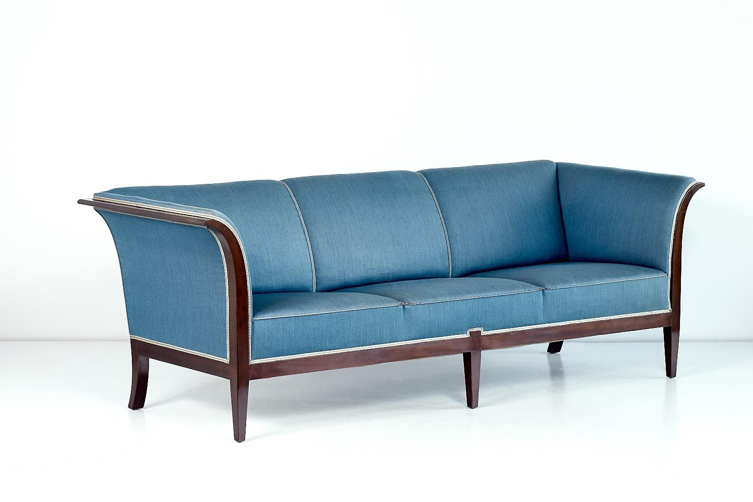 a sofa in the forties vancouver 3 and 2 seater leather recliner mahogany from frits henningsen 1940s for sale at pamono