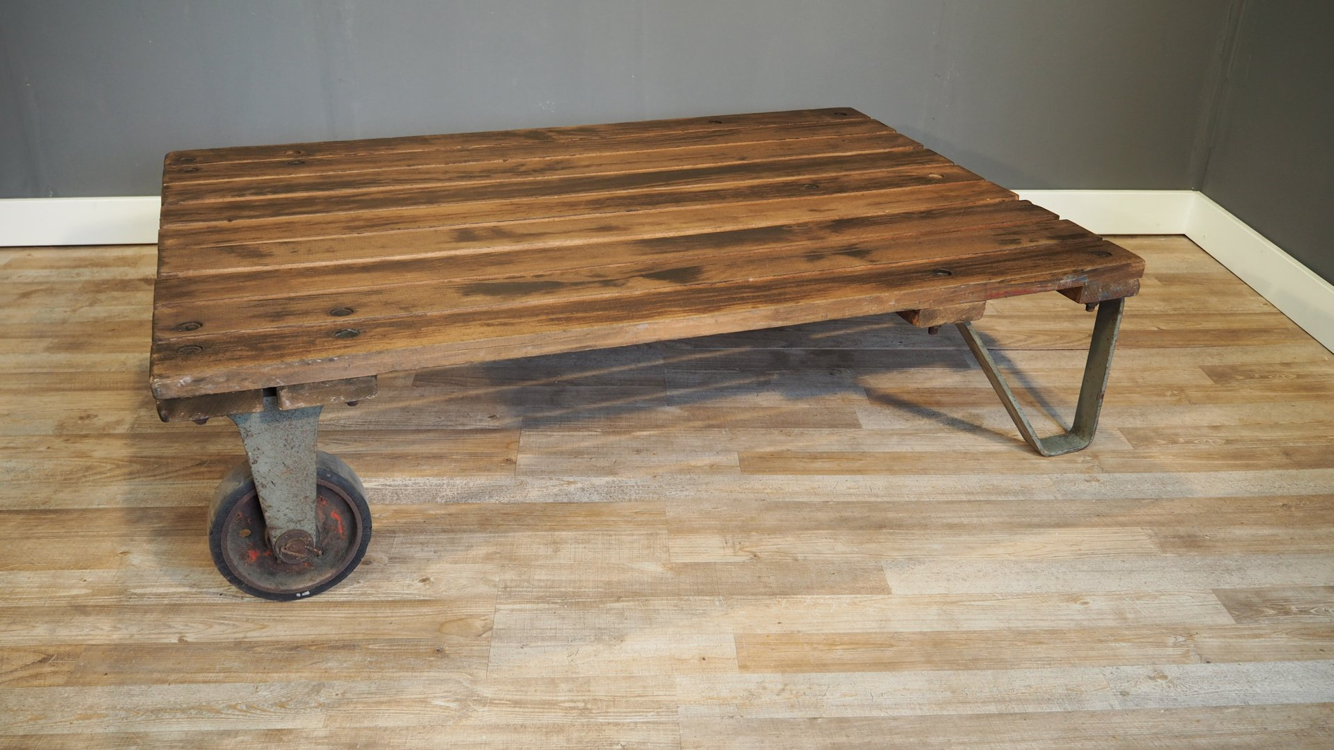 pallet sofa table for sale cheap sofas sets near me large industrial coffee 1930s at pamono