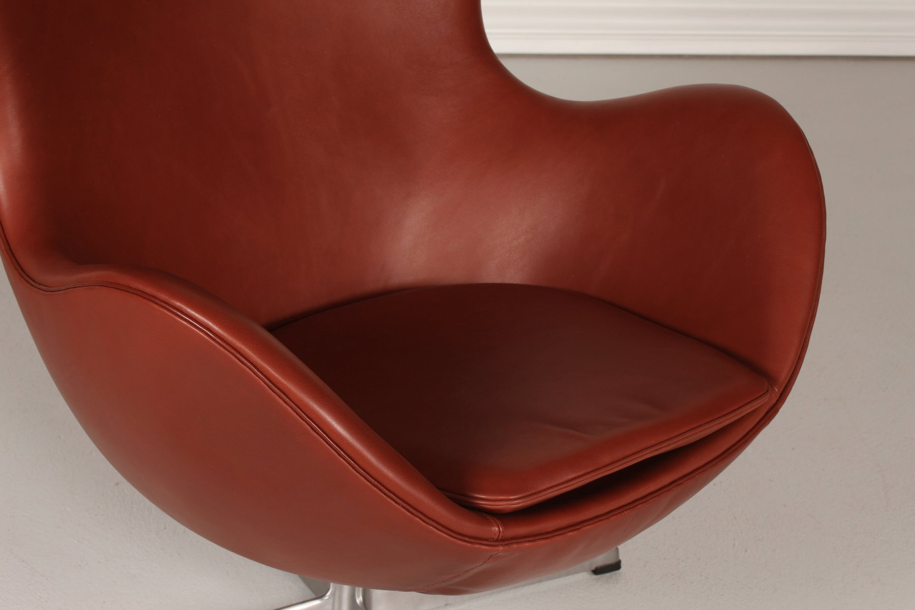 Egg Chair Prices 3316 Cognac Leather Egg Chair By Arne Jacobsen For Fritz
