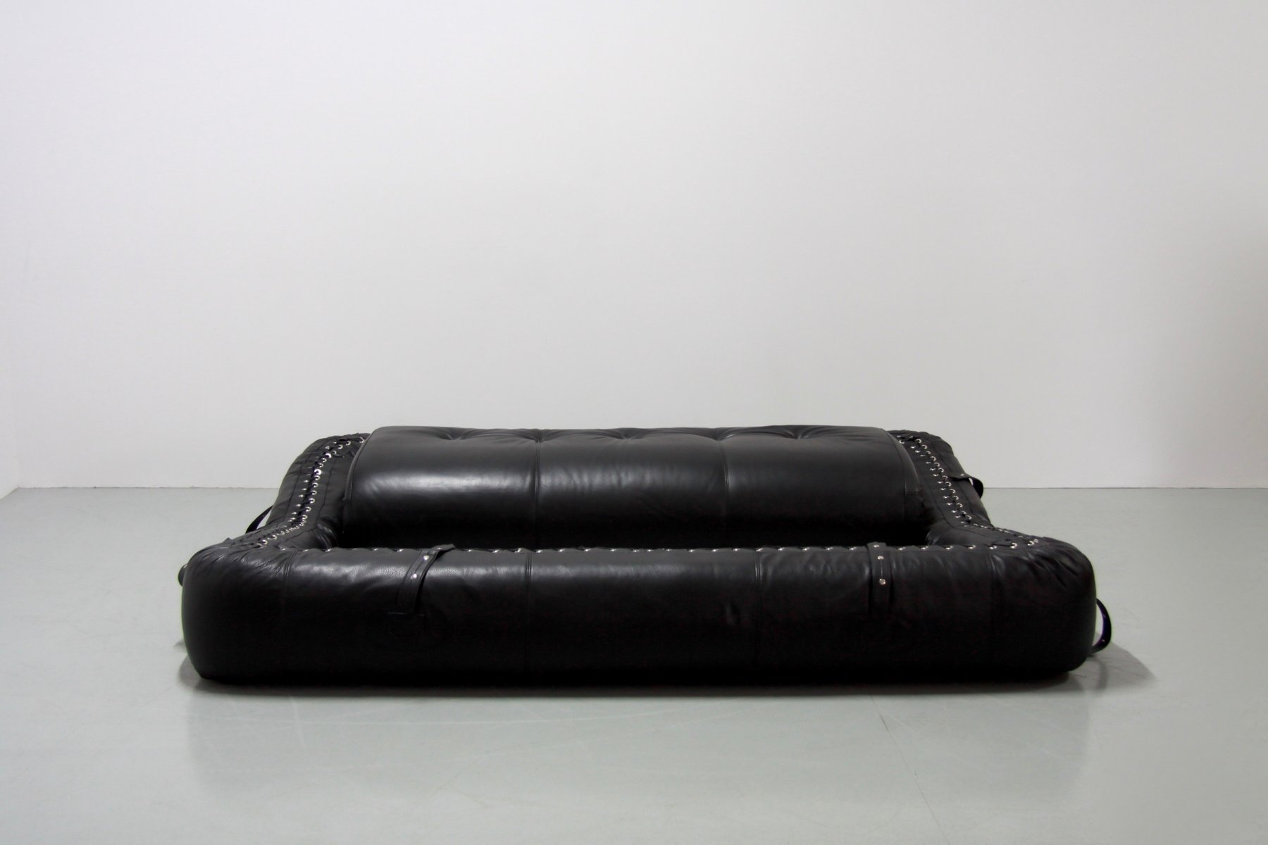 anfibio leather sofa bed stanley steemer cleaning by alessandro becchi for giovannetti