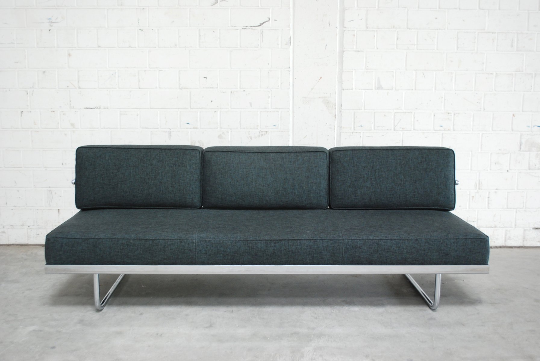 lc5 sofa price dfs brown leather uk vintage f daybed by le corbusier for cassina sale at pamono