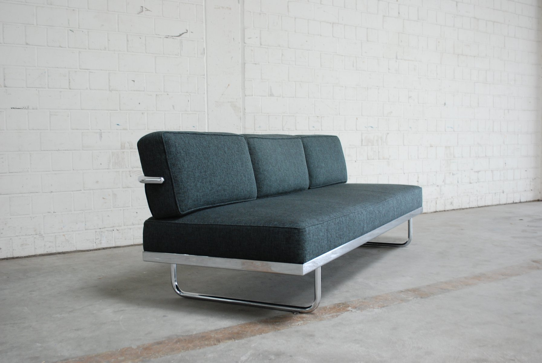 lc5 sofa price l shaped covers vintage f daybed by le corbusier for cassina sale