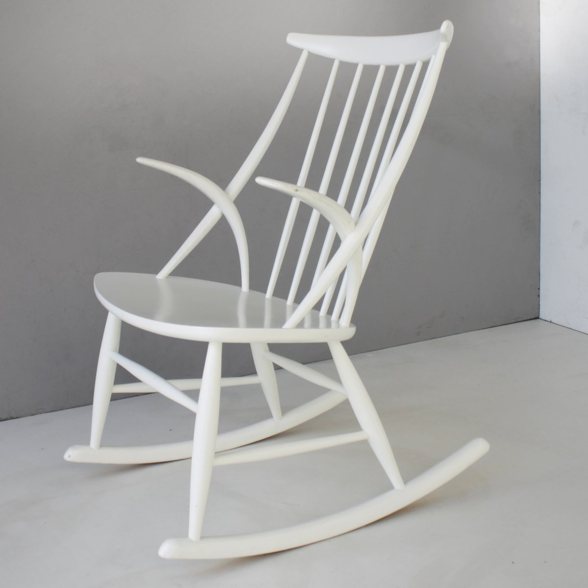 Danish Rocking Chair Vintage Danish Rocking Chair By Illum Wikkelsø For N