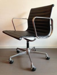 Vintage EA108 Chair by Charles & Ray Eames for ICF for ...