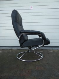 Vintage Lounge Chair from Unico for sale at Pamono