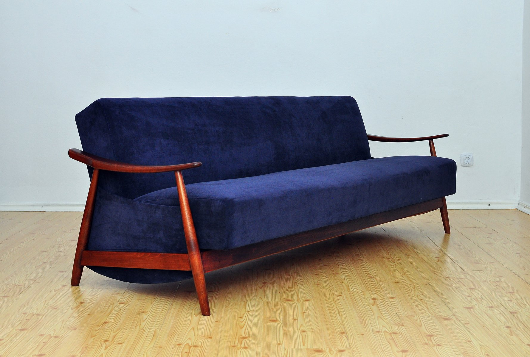 berwick mid century sleeper sofa what is a good bed 1960s for sale at pamono