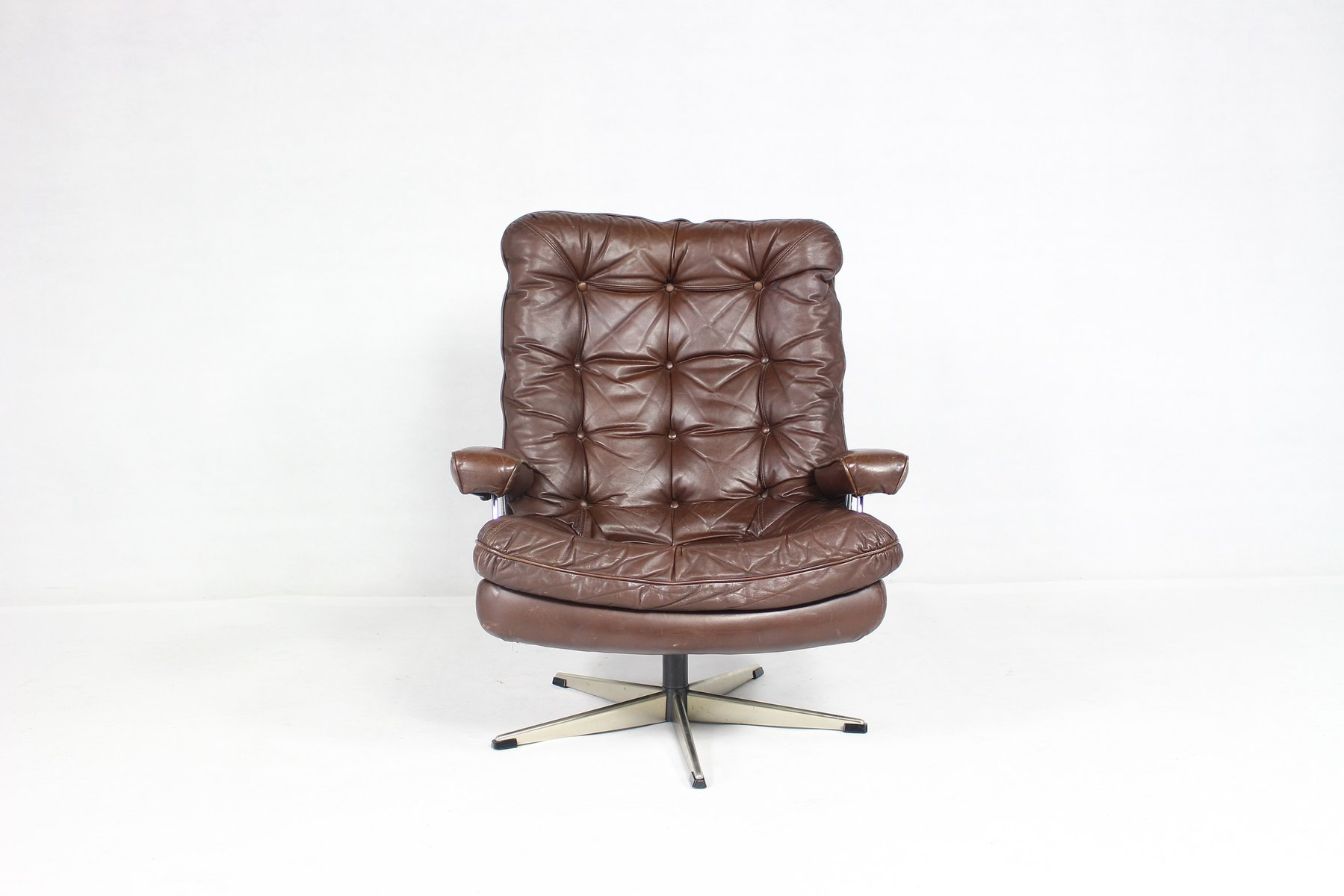Mid Century Danish Chair Mid Century Danish Leather Swivel Chair For Sale At Pamono