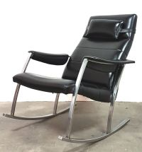 Mid-Century Rocking Chair from Avanti for sale at Pamono