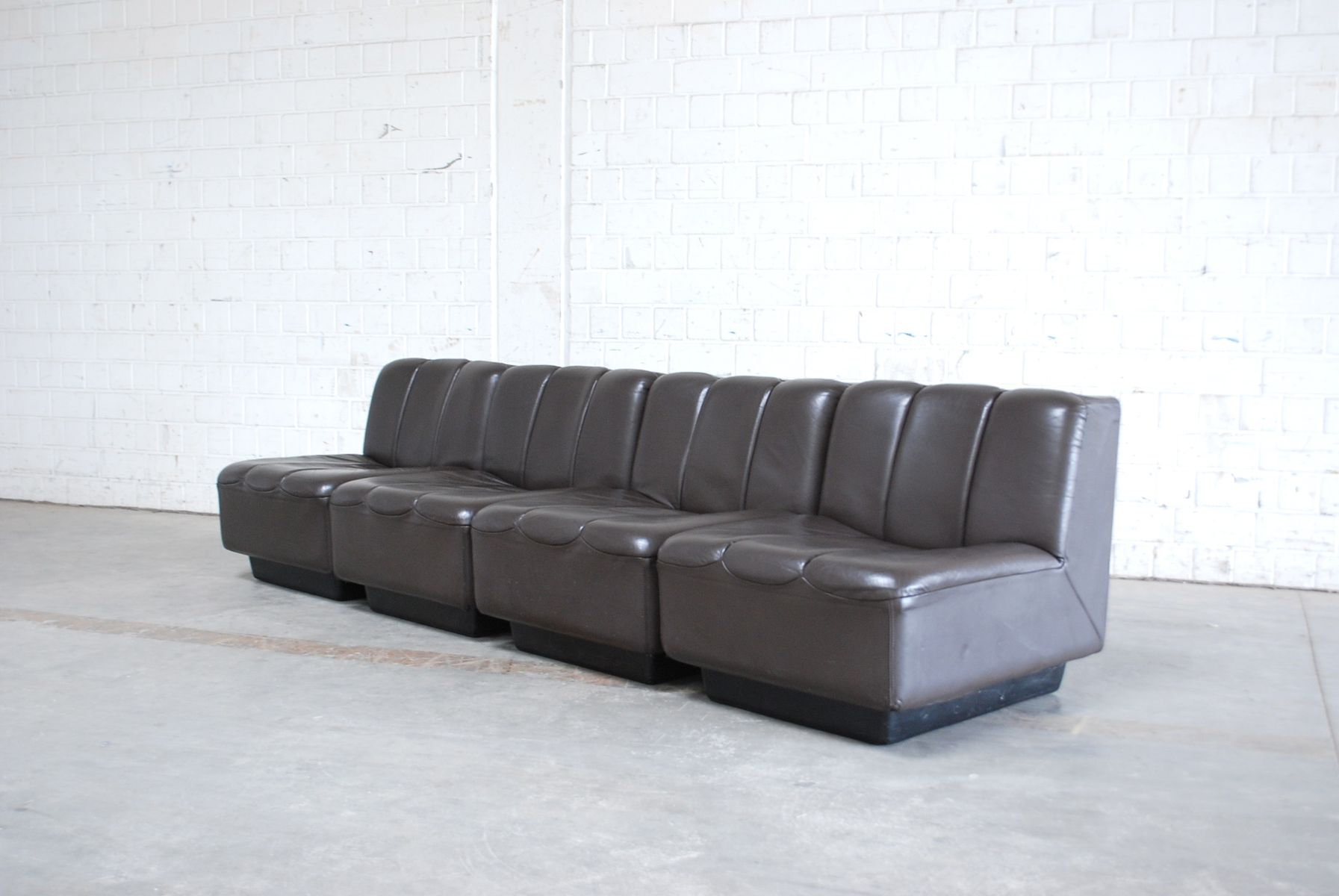 algarve leather sofa and loveseat set designs pictures in kenya vintage modular brown 1970s for sale at pamono
