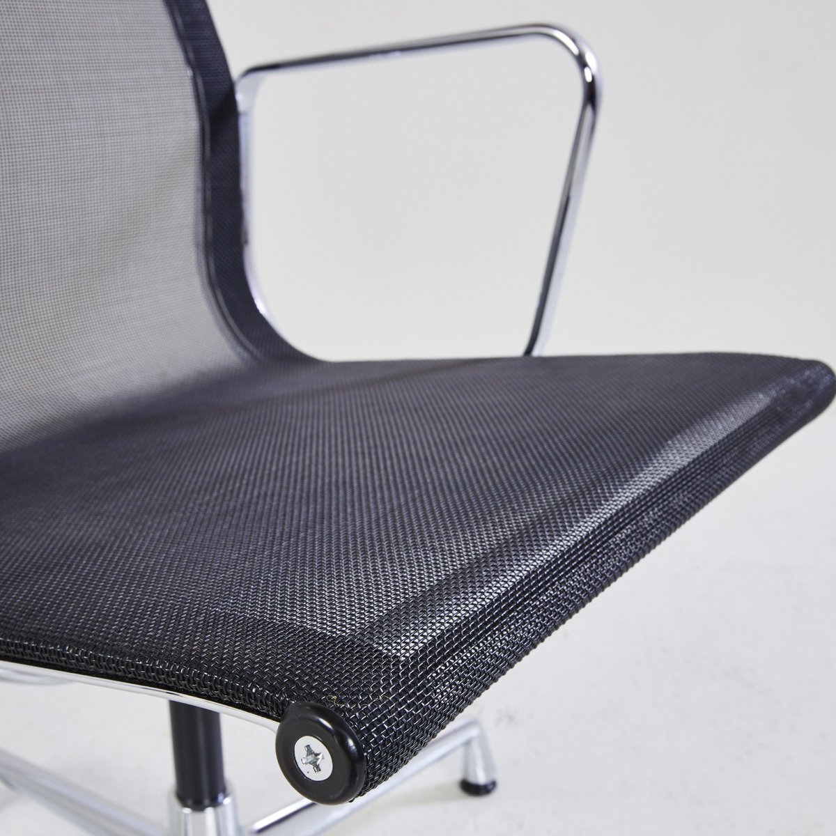 Vintage EA 108 Office Chair by Charles and Ray Eames for