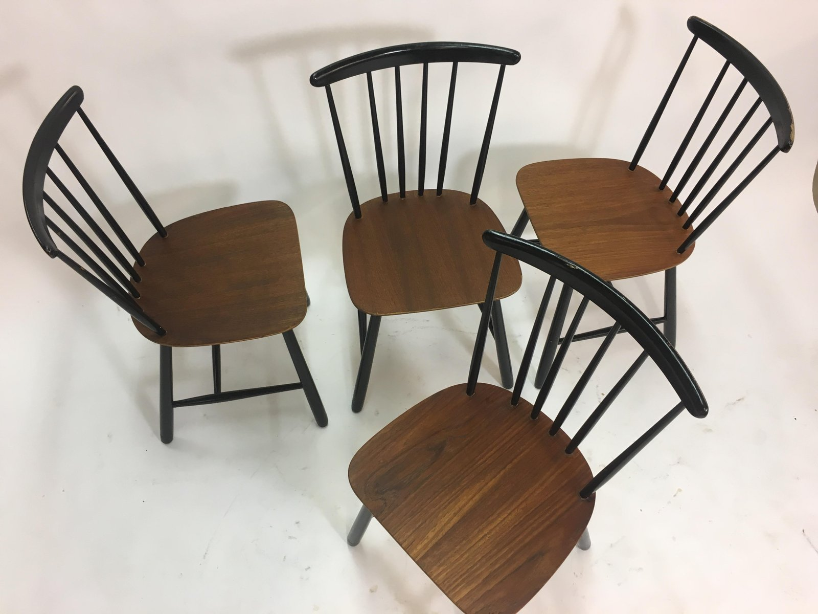Spindle Dining Chairs Vintage Scandinavian Spindle Back Dining Chairs 1950s