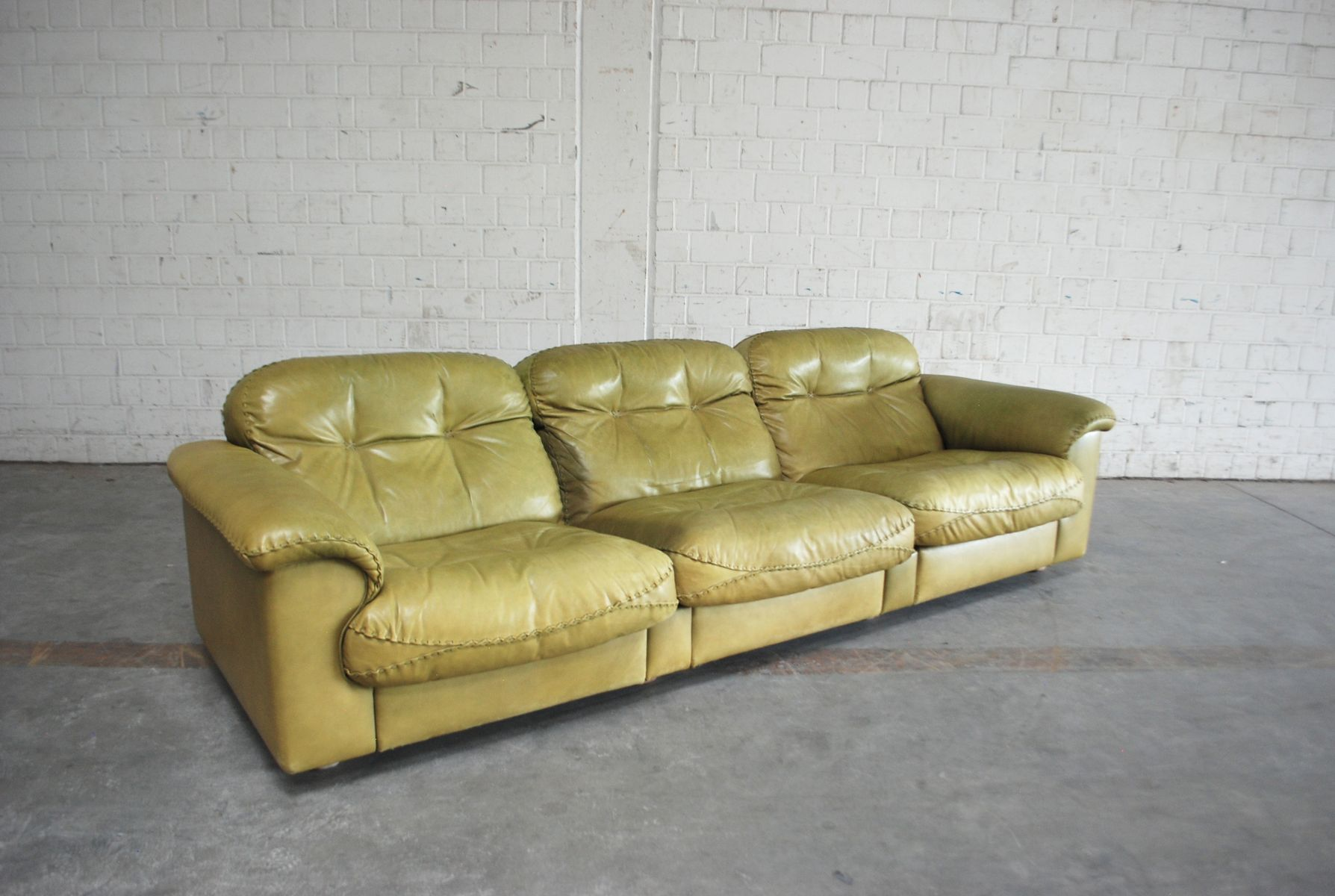 de sede sofa vintage decorative throws for sofas ds 101 olive green leather from