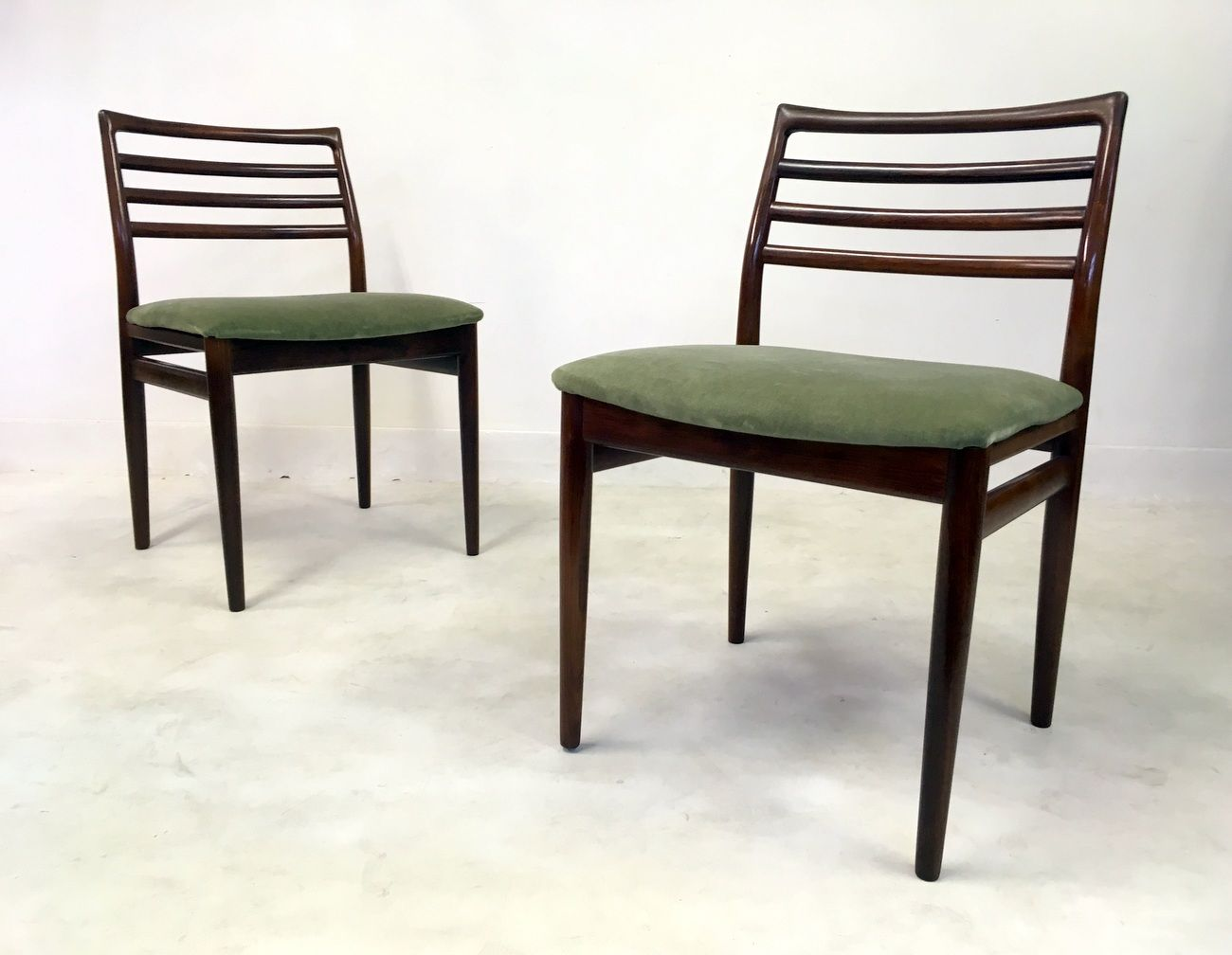 Mid Century Rosewood Dining Chairs Set Of 6