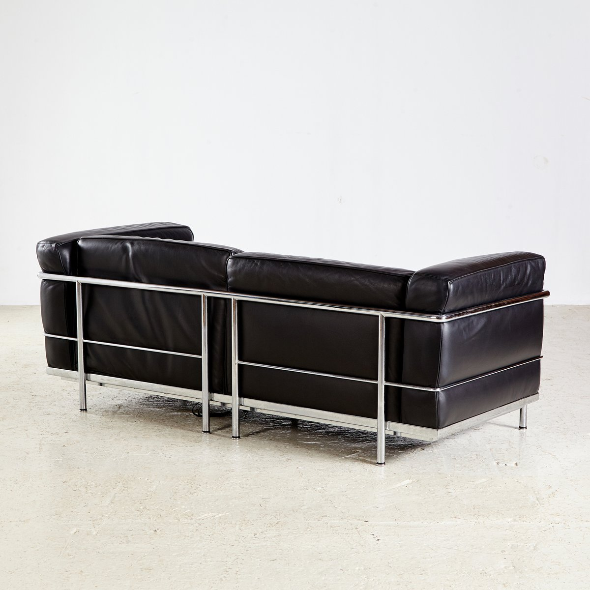 lc3 sofa reclining and loveseat microfiber by le corbusier pierre jeanneret charlotte