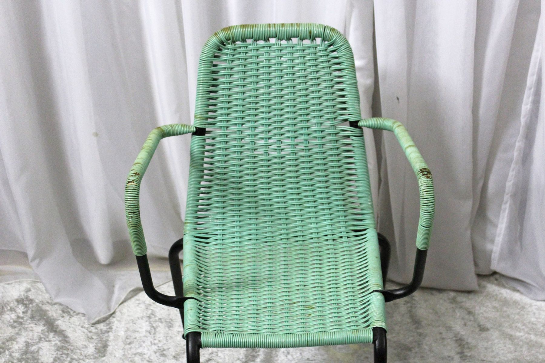woven plastic garden chairs leather zero gravity 1950s set of 4 for sale at pamono 12 381 00 price per