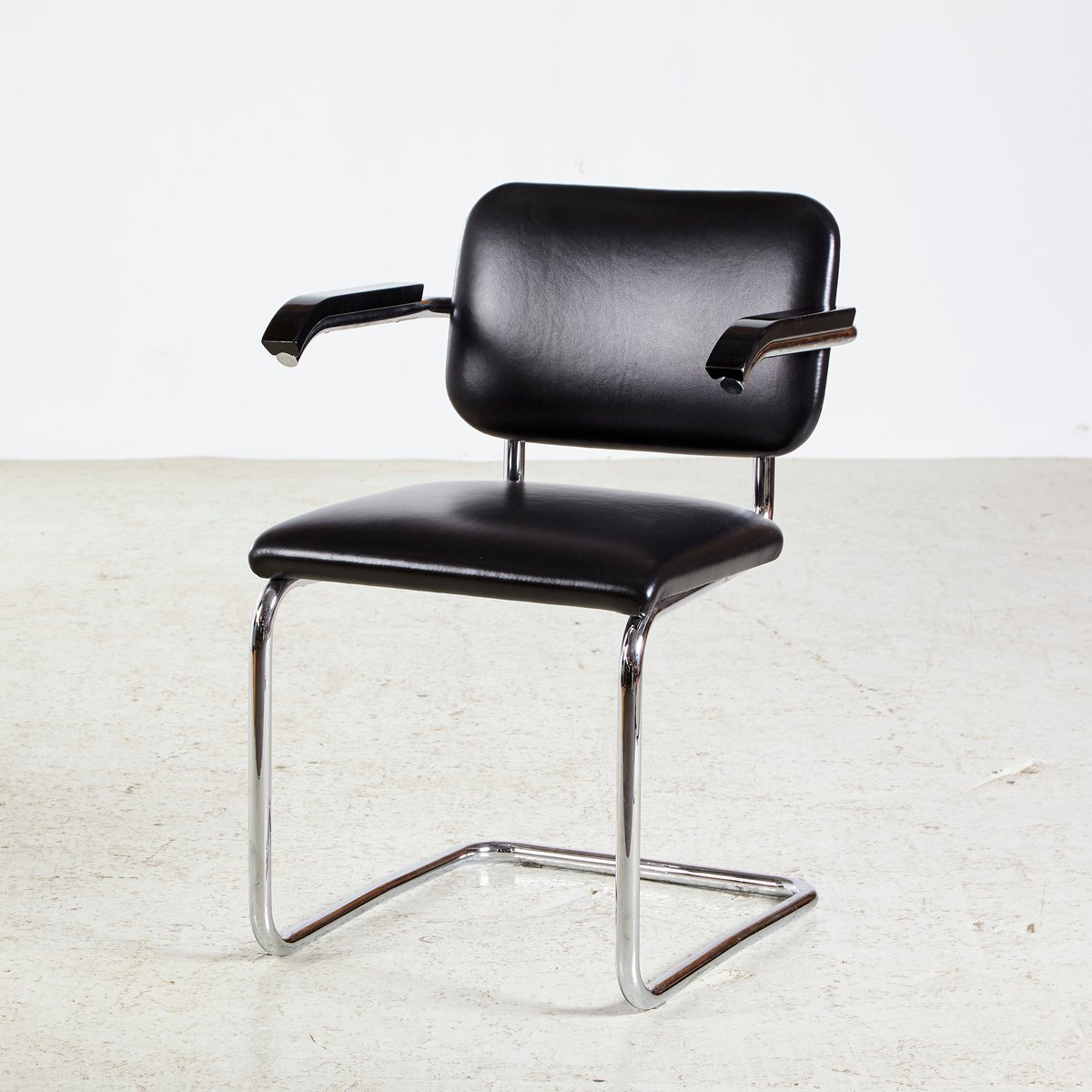 marcel breuer cesca chair with armrests posture care facebook chrome framed leather by for knoll inc price per piece