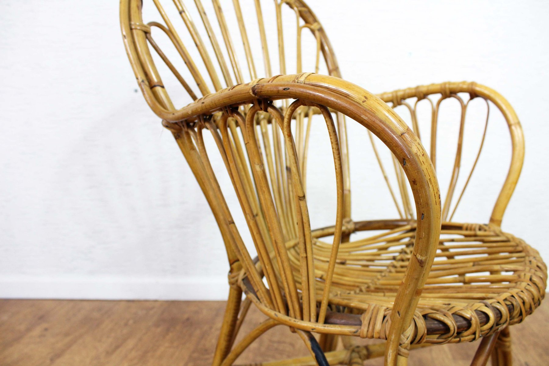 Vintage Rattan Chairs Vintage Rattan Chairs Set Of 4 For Sale At Pamono