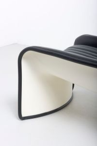 Lotus Chair in White Lacquered Polyester & Black Leather ...