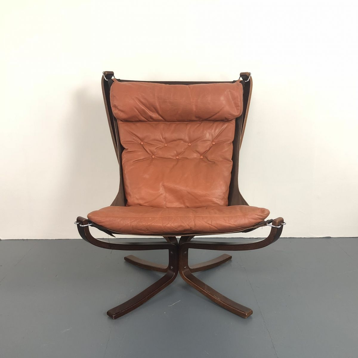 Falcon Chair Vintage High Backed Falcon Chair By Sigurd Resell